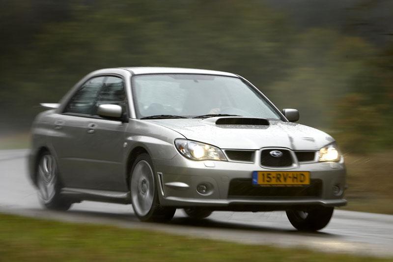 Subaru Impreza 2.5 WRX AWD (2006)