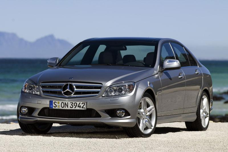 Mercedes-Benz C 180 CGI BlueEFFICIENCY Avantgarde (2011)