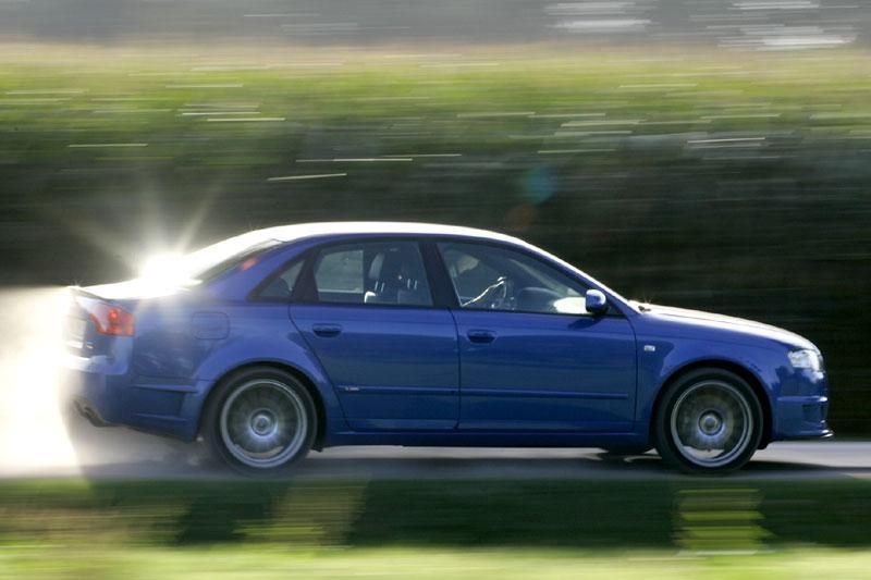 Audi A4 2.0 T FSI quattro DTM Edition (2006)