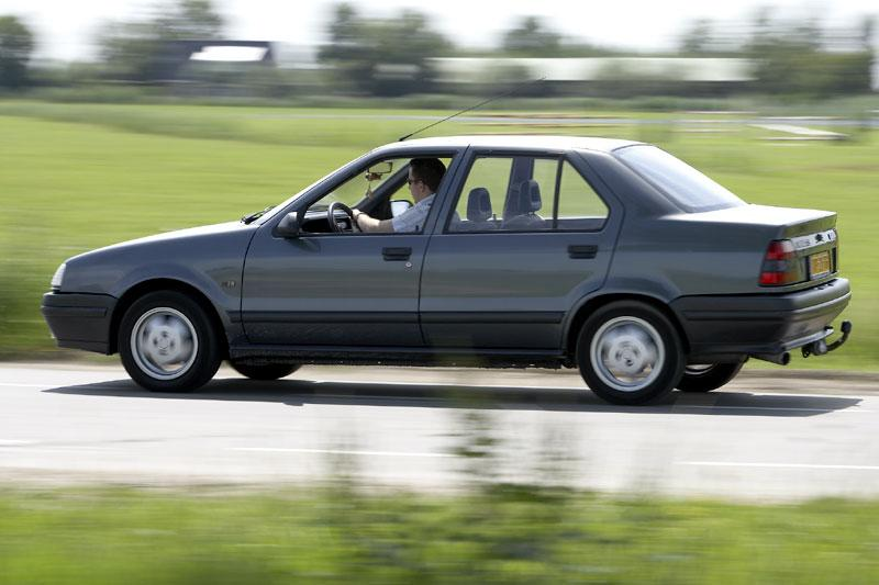 Klokje rond Renault 19 Chamade