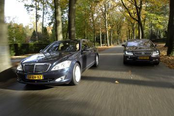 Volkswagen Phaeton 4.2 Lang / Mercedes-Benz S 500 Lang