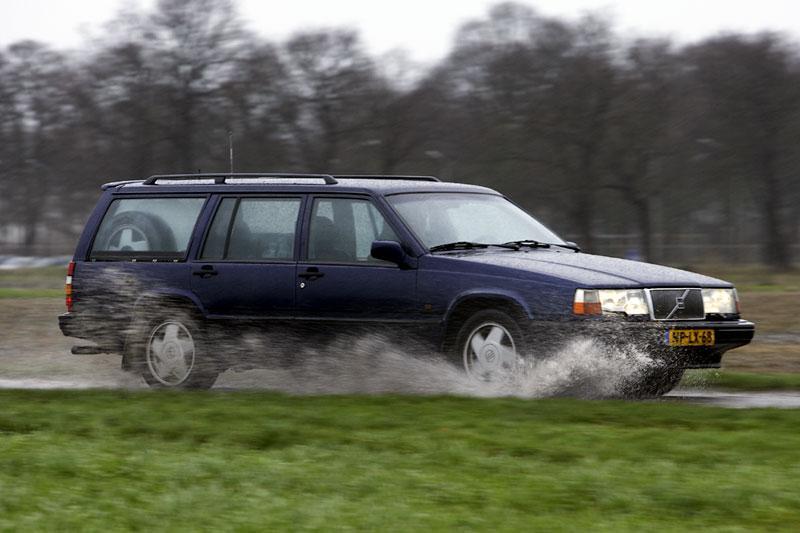 Klokje rond Volvo 940