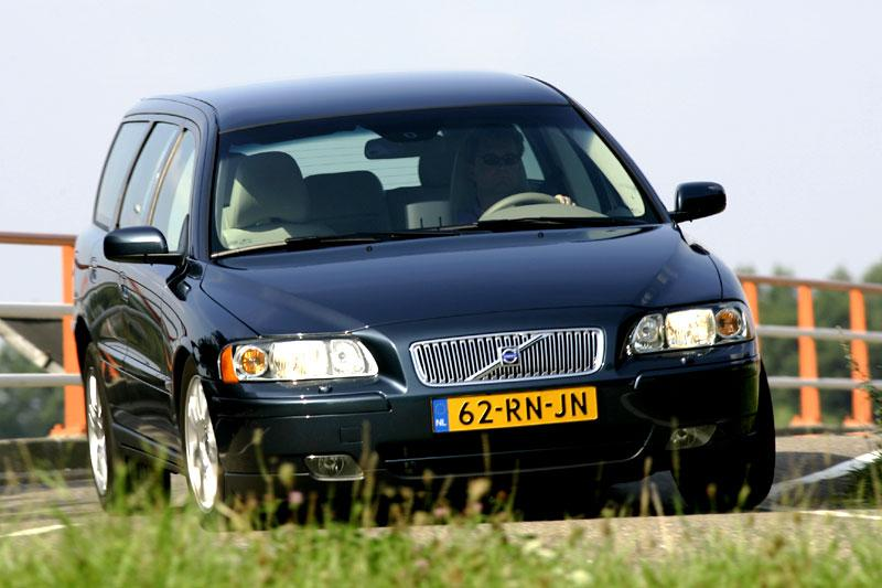 Volvo V70 2.4D Edition II (2006)