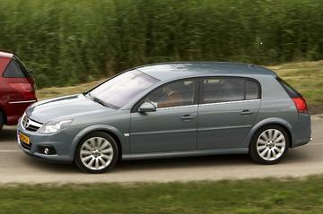 Opel Signum 3.0-V6 CDTI Sport (2006)