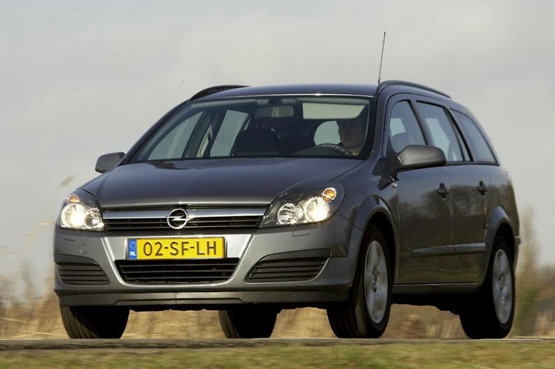 Opel Astra Stationwagon 1.6 Edition (2006)