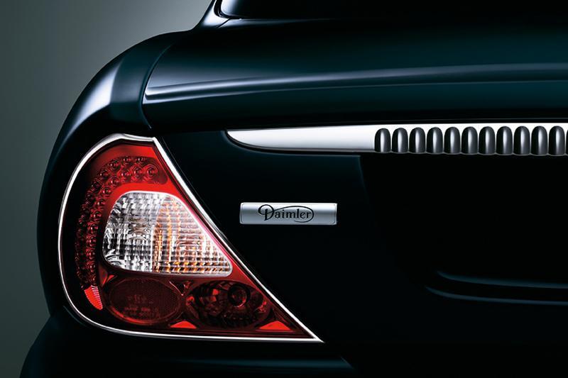 """Daimler als Rolls-Royce-concurrent"""