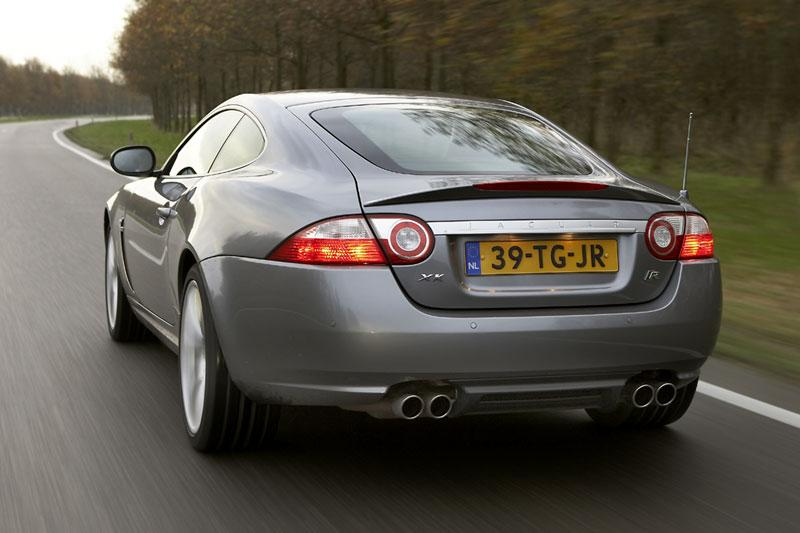 Jaguar XKR (2007)