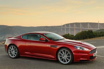 Aston Martin werkt aan DBS Volante