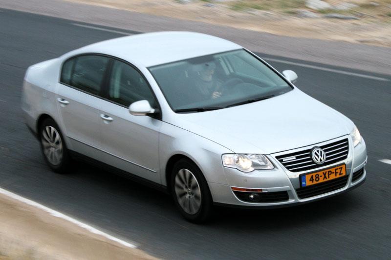 Volkswagen Passat 1.9 TDI Bluemotion Trendline (2008)