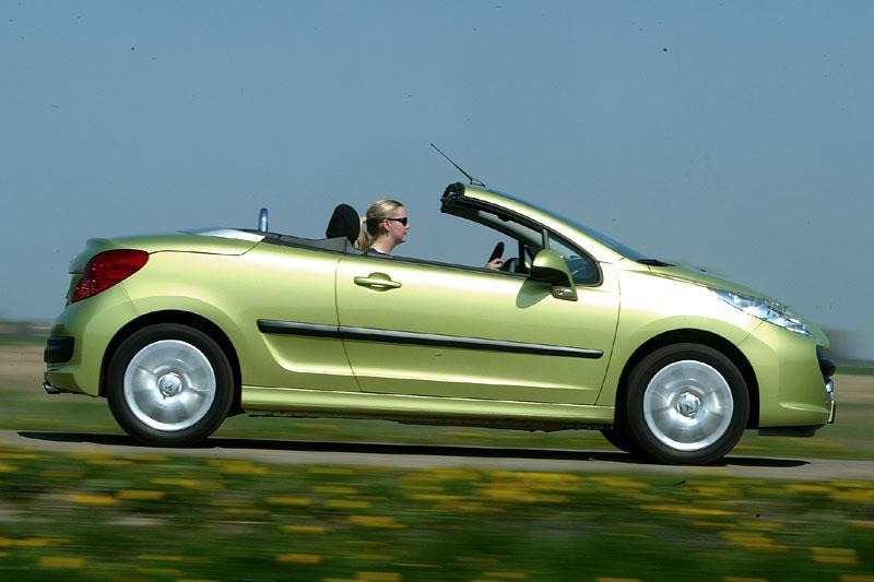 Peugeot 207 CC 1.6-16V VTi (2007)