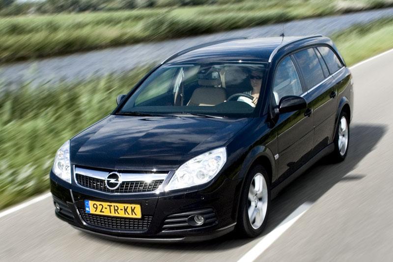 Opel Vectra Stationwagon 1.9 CDTi 150pk Temptation (2007)