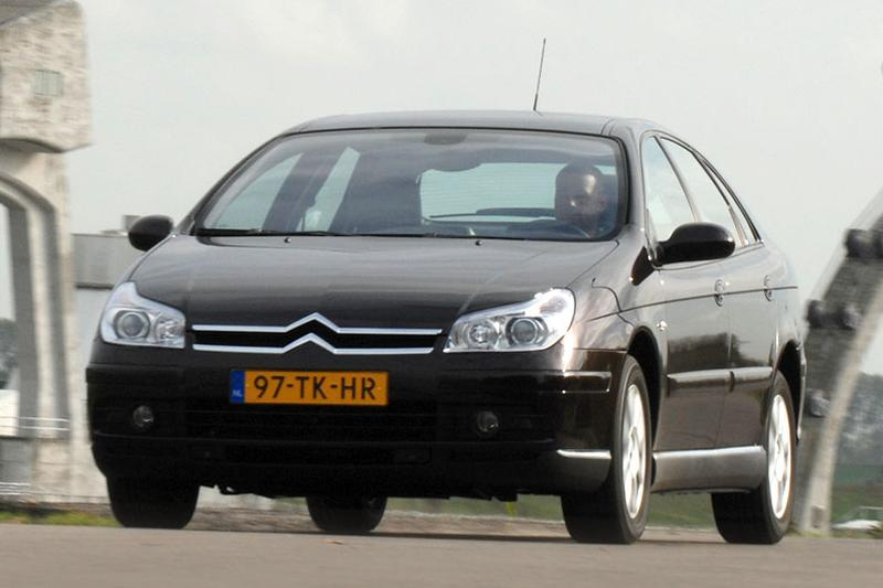 Citroen C5 2.2 HDiF 16V Exclusive (2007)