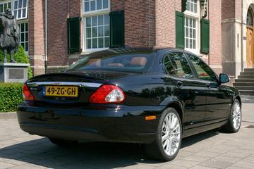 Jaguar X-Type 2.2D Executive (2008)