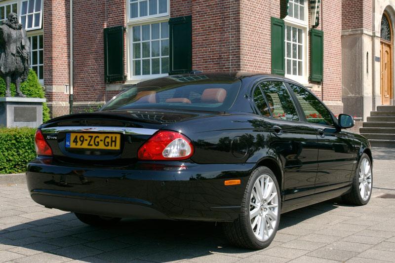jaguar x type 2 2d executive 2008 autotest. Black Bedroom Furniture Sets. Home Design Ideas