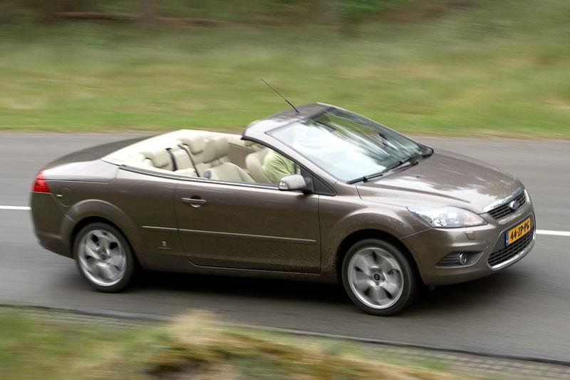 ford focus coup cabriolet 2 0 16v titanium 2008 autotest. Black Bedroom Furniture Sets. Home Design Ideas