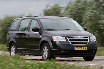 Chrysler Grand Voyager 2.8 CRD Touring (2008)
