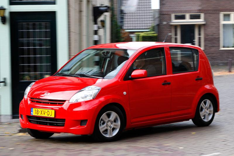 Daihatsu Sirion 2 1.0 Premium (2008)