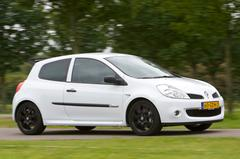 Renault Clio 2.0 16V RS Cup