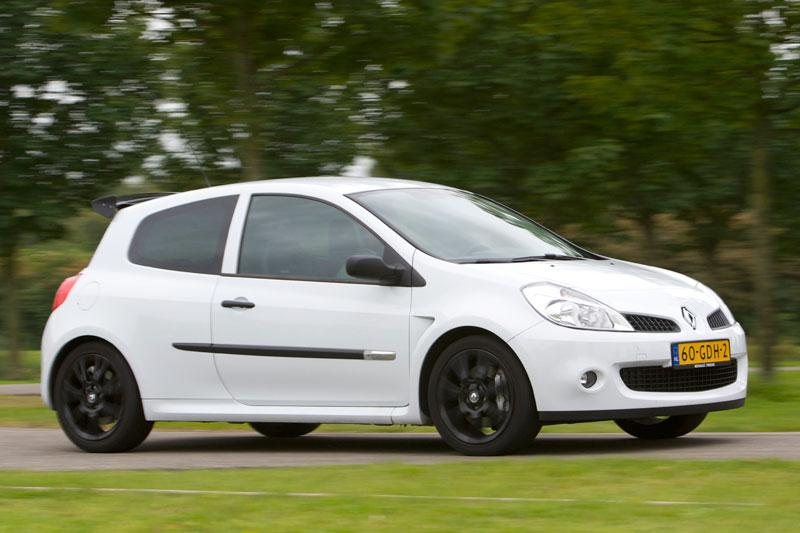 Renault Clio 2.0 16V RS Cup (2008)