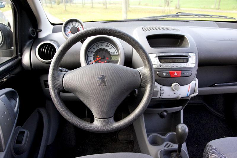 Peugeot 107 Xs 1 0 2008 Autotest Autoweek Nl