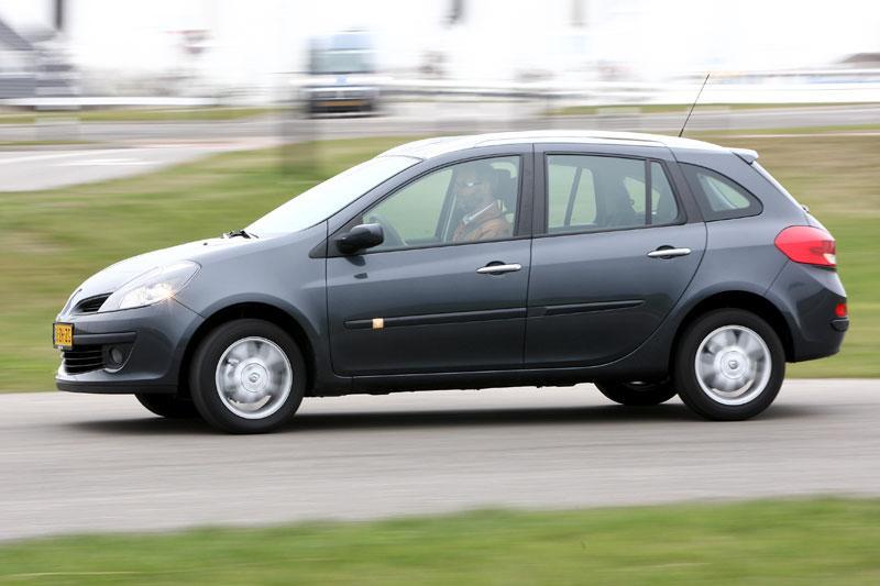 Renault Clio Estate TCE 100 Dynamique (2008)