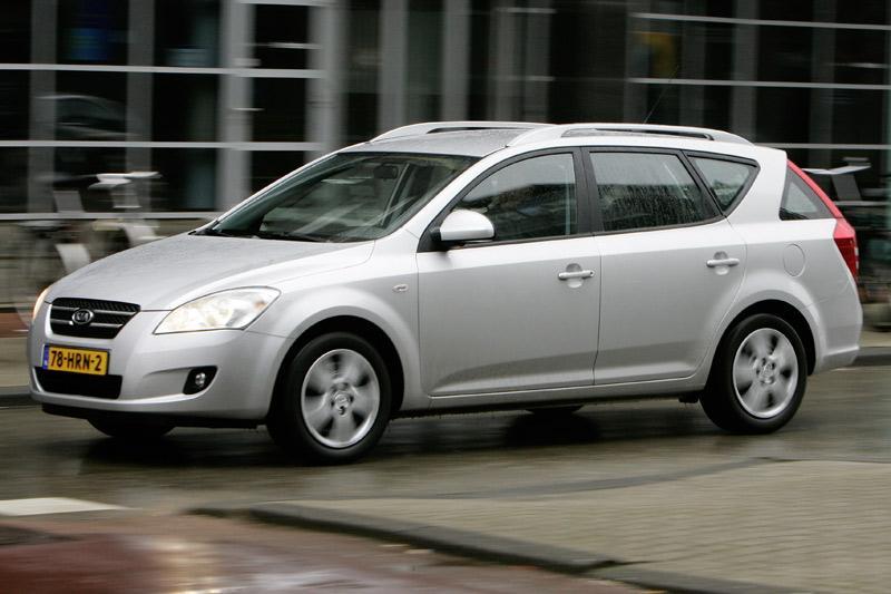 Kia Ceed Sporty Wagon 1.4 CVVT ISG (2009)