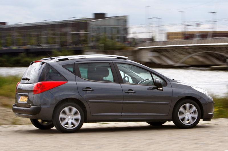 Peugeot 207 SW XS 1.6-16V VTi (2008)