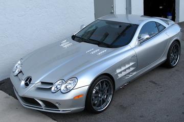 Renntech pompt Mercedes SLR verder op