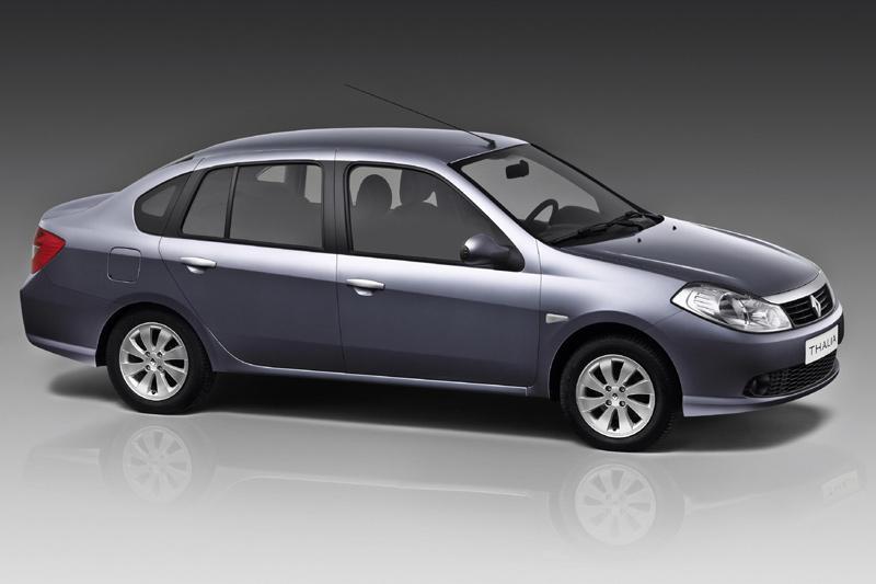 Clio met kofferbak in het nieuw
