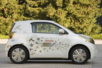 'Elektrische Toyota iQ in 2012'