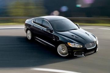 Wat nou, energielabel? Dit is de Jaguar XFR!