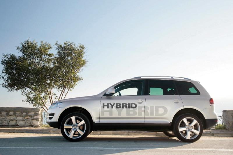 volkswagen toont hybride touareg autonieuws. Black Bedroom Furniture Sets. Home Design Ideas