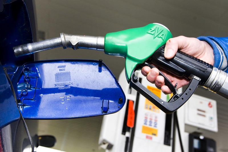 Benzine tanken | Foto: ANP