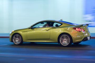 Hyundai Genesis steekt hoofd om de deur in Europa