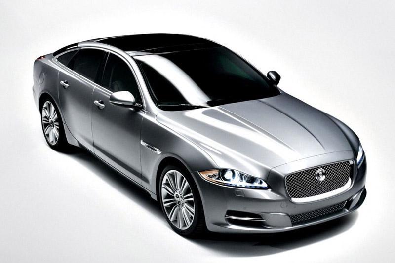 Vanaf 21:15 uur Live: onthulling nieuwe Jaguar XJ