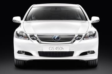 Nieuwe neus voor Lexus GS