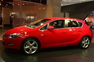 Nederlandse vanafprijs Opel Astra bekend