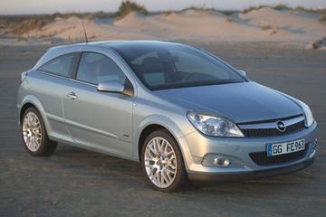 Opel Astra Hybride in Detroit