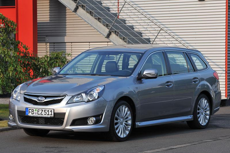 Subaru Legacy Touring Wagon 2.5i Sport Executive (2010)