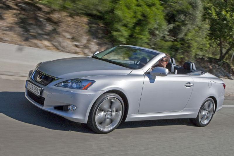 Lexus IS 250C Luxury (2009)