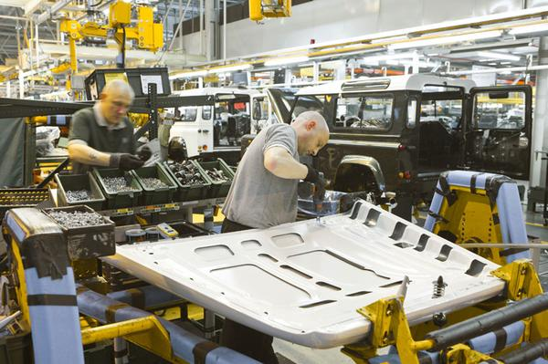 'Duizenden banen erbij bij Jaguar Land Rover'