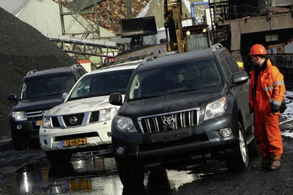 Mitsubishi Pajero/Nissan Pathfinder/Toyota Land Cr