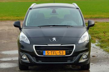 Facelift Friday: Peugeot 5008