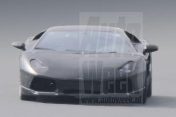 Lamborghini Jota laat meer zien