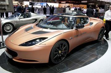 Lotus toont elektrische Evora