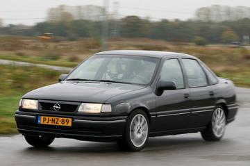 Opel Vectra 2.0i CDX - 1995