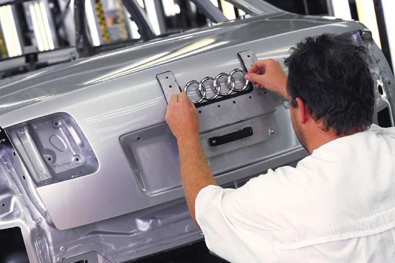 Audi A8: verantwoorder, maar 12-pitter blijft