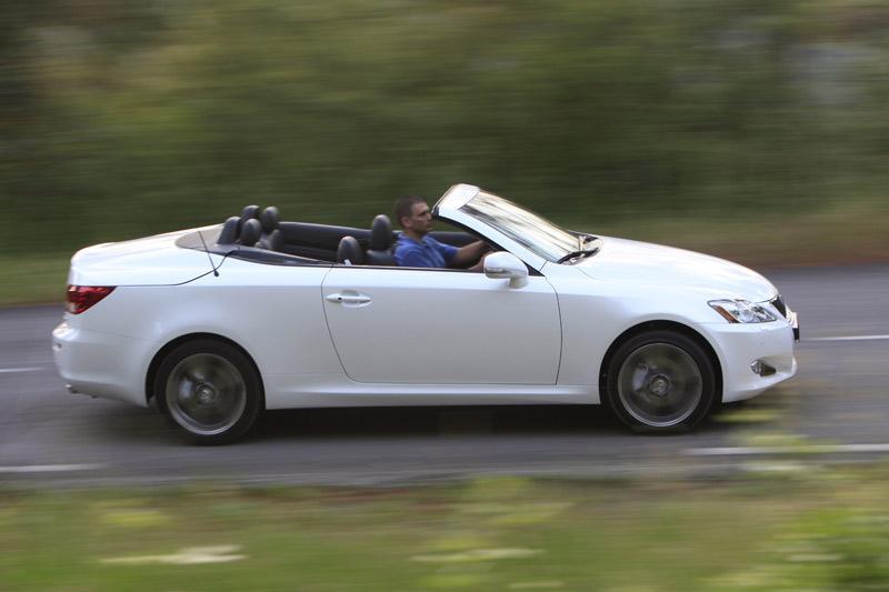 """Lexus IS F cabrio komt in 2011"""