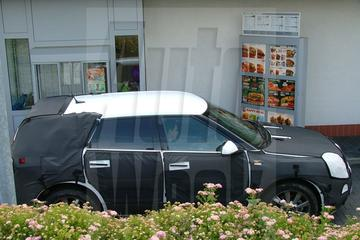 Saab 9-4X bezoekt McDrive
