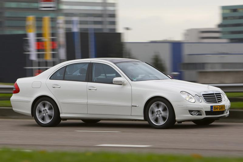 Mercedes-Benz E 200 NGT (2009)
